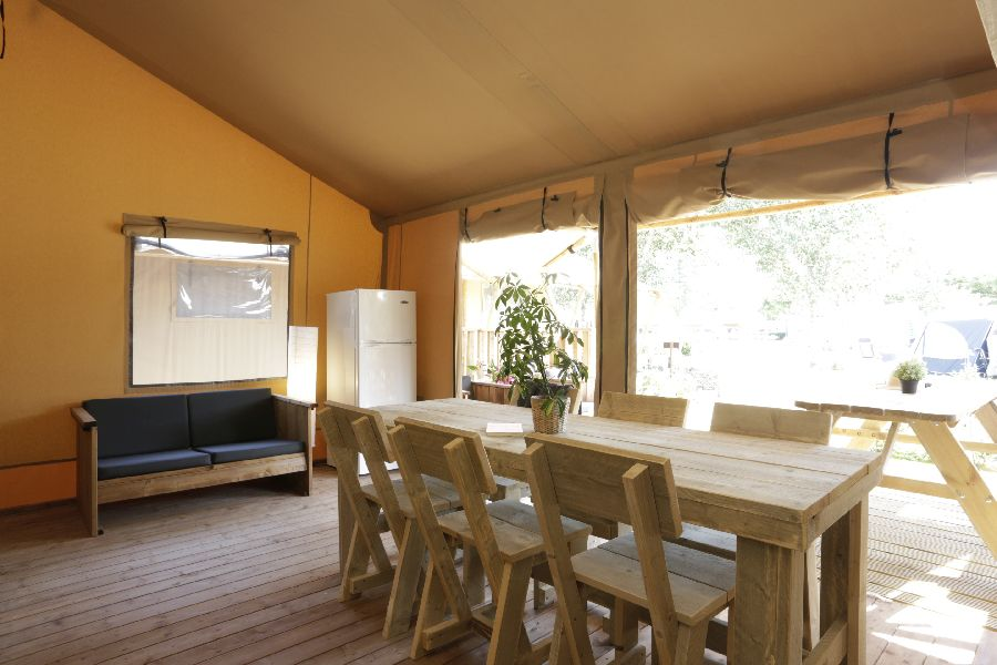 4 Camping Senia Riu Comedor Glamping Farm -Glamping en Catalunya (Sant Pere Pescador)