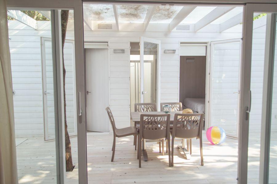 3 Tucan-bungalow Aire-terraza-Comodos bungalows en la Costa Brava (5)