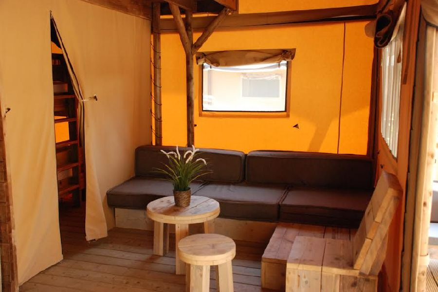 Camping Caballo de Mar photo Family Woody Glamping Dining Room