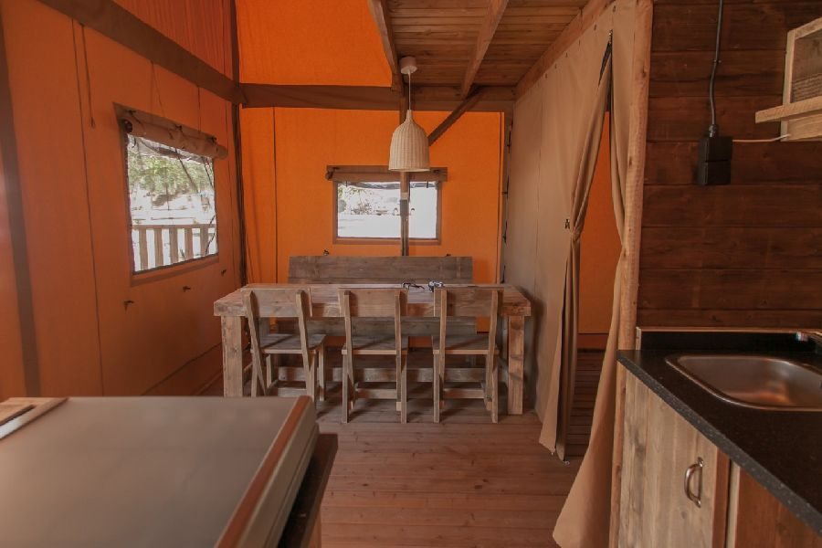 Camping Caballo de Mar photo dining room of the Glamping Loft on the beach