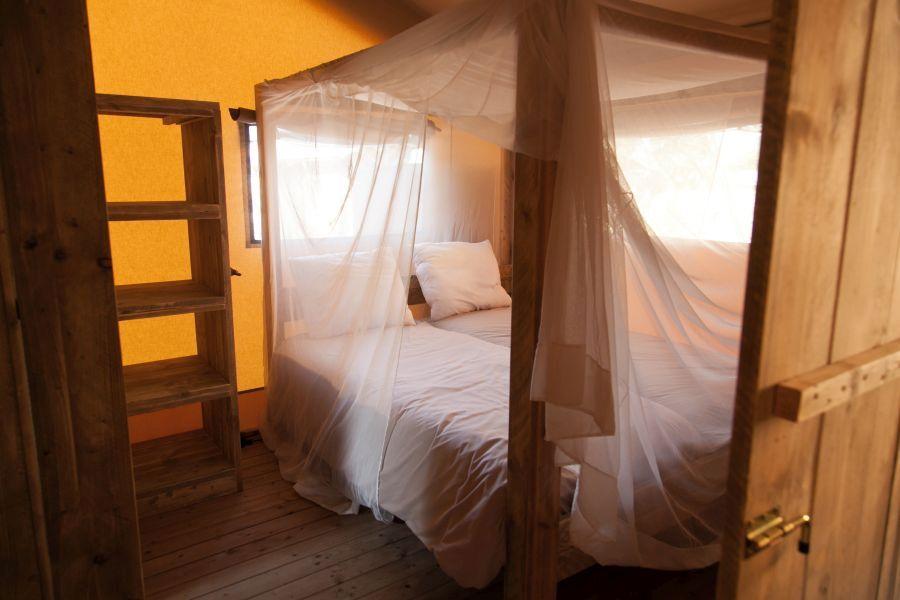 Cala Gogo Safari habitacion Glamping con vistas al mar