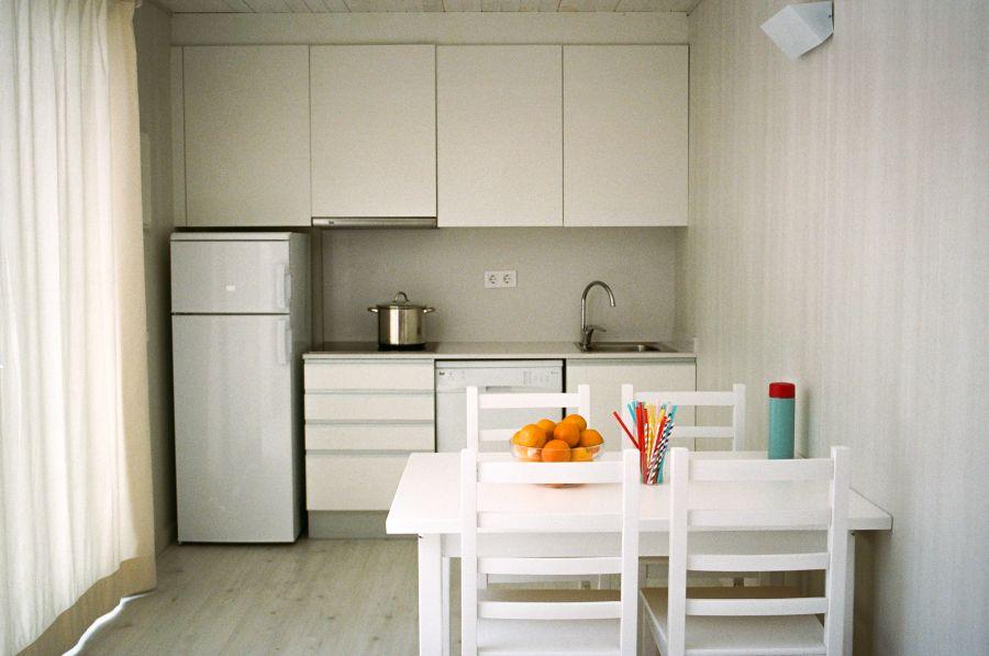 Tucan-bungalow Aire-cocina-Comodos bungalows en la Costa Brava